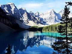 moraine lake.   #morainelake #Banff #Alberta #canadaroadtrip2016 #farandwide