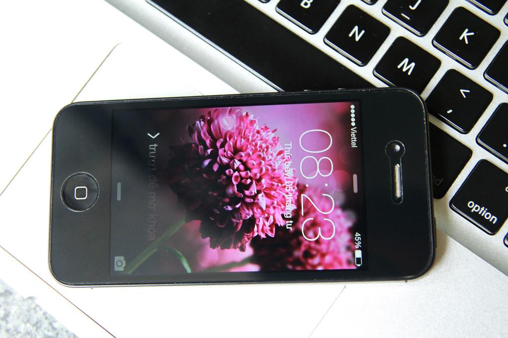 bán iPhone 4S đẹp như mới, nguyên rin 100%, sạc cáp rin, giá tốt