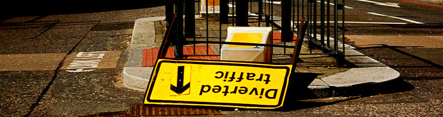 a picture of a diverted traffic sign
