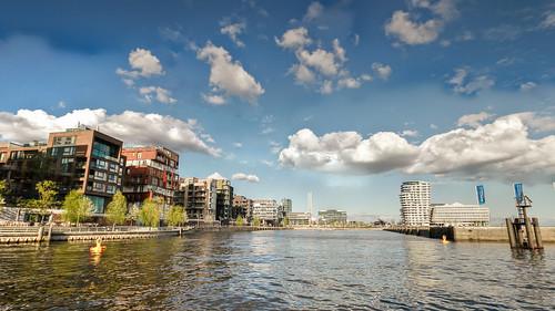 HafenCity HDR no.20140415-6868
