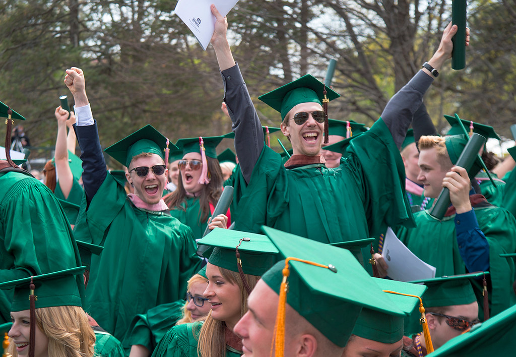 Illinois Wesleyan Commencement 2014