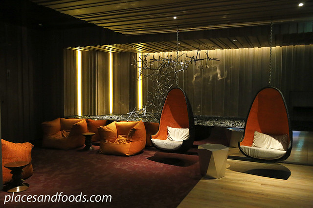 mode sathorn lobby