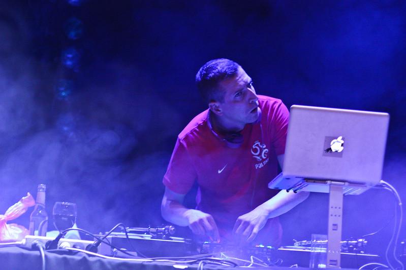 DJ Vec & Martin Valihora, Zapaska (UA)