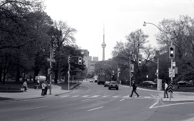 Queen's Park Circle
