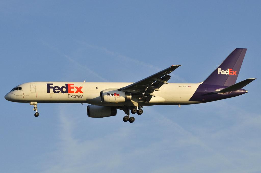 N923FD - B752 - FedEx