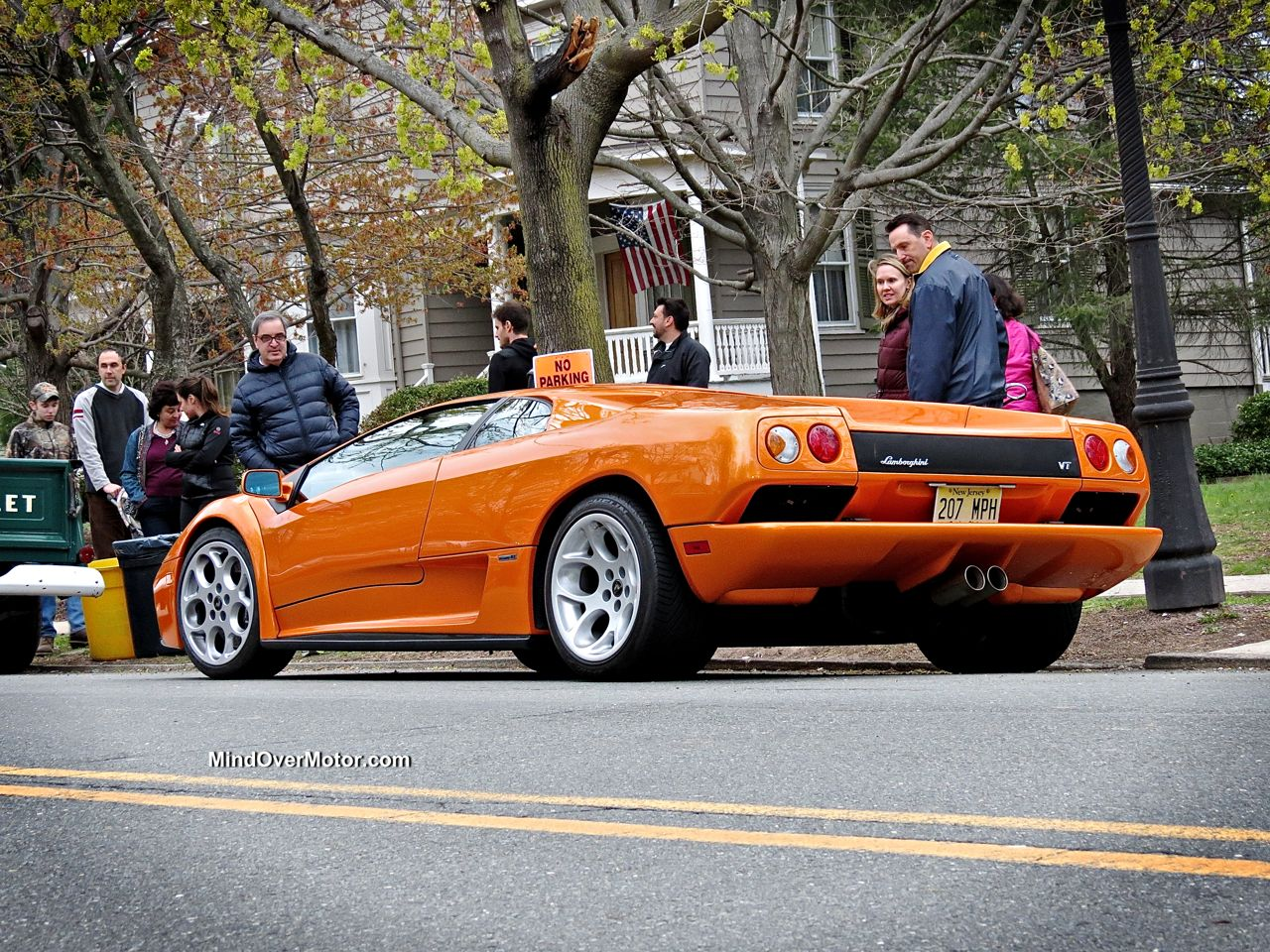 Orange Lamborghini Diablo 6.0