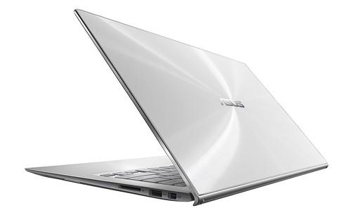 Đánh giá những điểm nổi bật của Zenbook UX302 - 19028