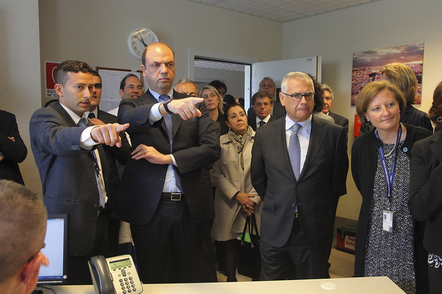 Alfano non esclude infiltrazioni terroristiche in Italia