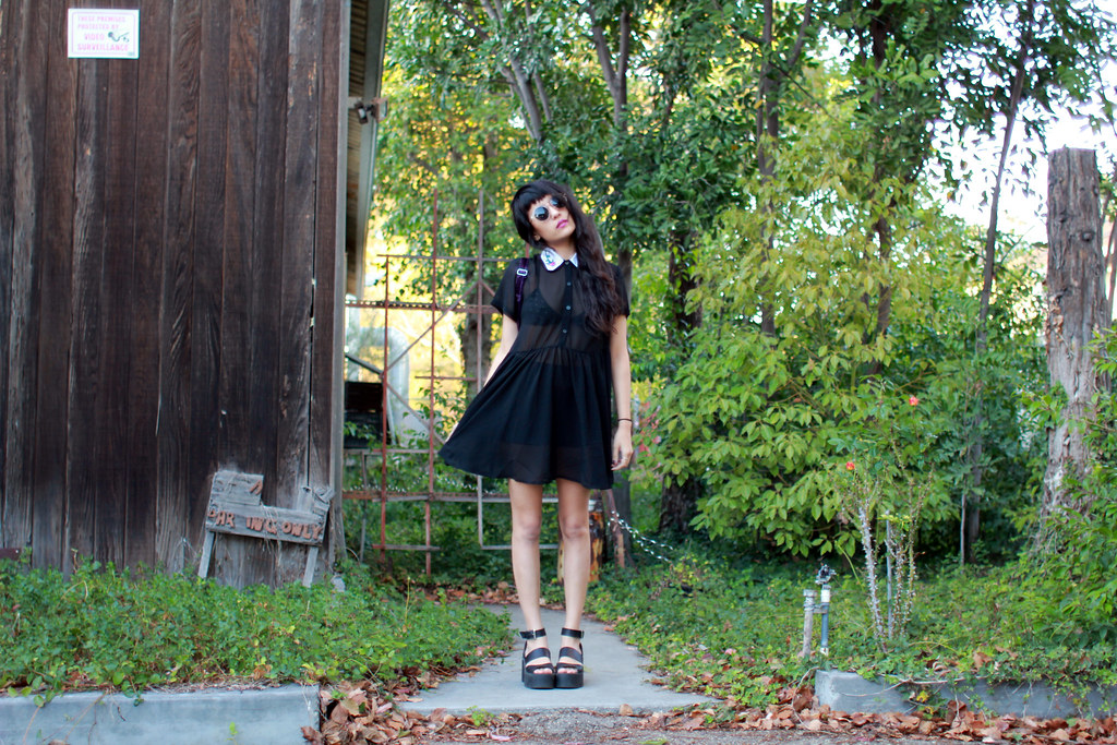 Lazy Oaf In the Roses Dress, Windsor Smith Puffy Sandals, Jelly Rounds sunnies, vintage velvet backpack