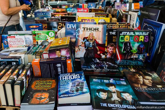 Mercado de libros y arte de la plaza Spui