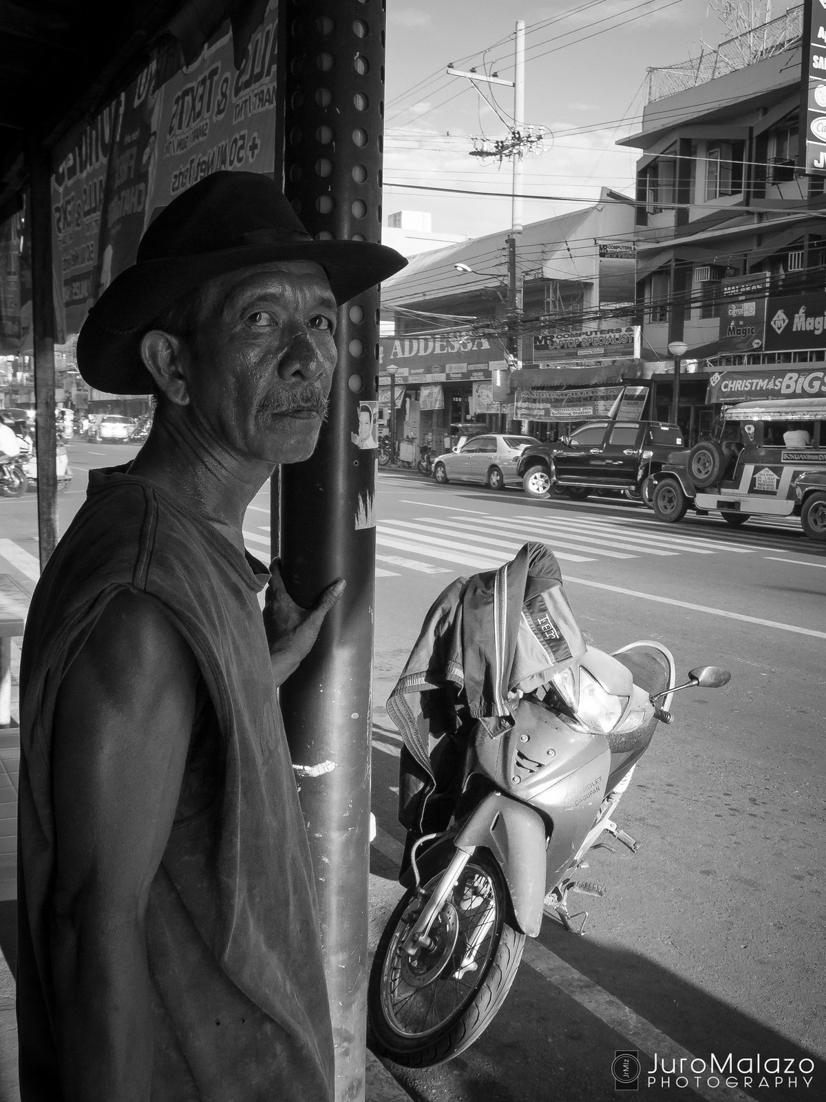 Can't Stare Me Down. (Out on the Streets: Street Photography by Juro Malazo)