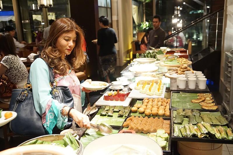 ramadan grand hyatt - buka puasa buffet-011