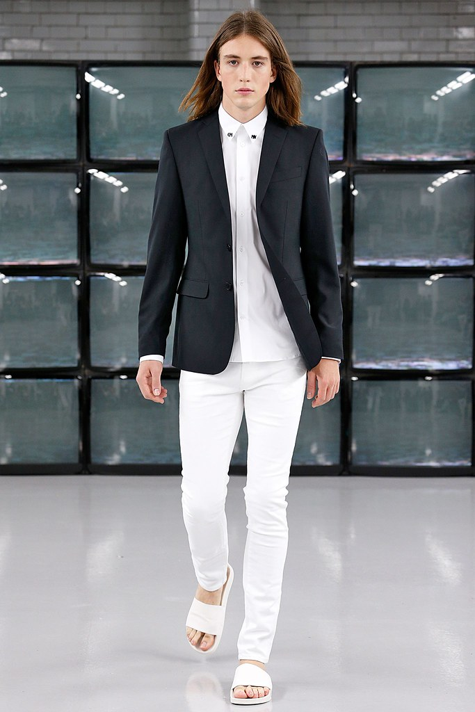 SS15 London Common007_Lucian Clifforth(VOGUE)