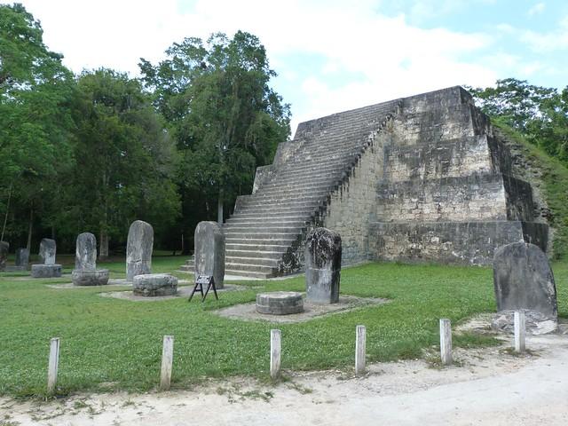 Pirámides gemelas de Tikal (Guatemala)