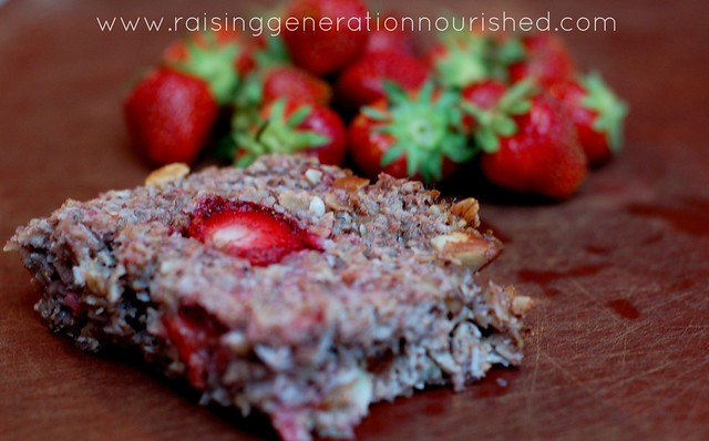 Strawberry Baked Oatmeal :: Gluten, Egg, + Dairy Free with Nut Free Option