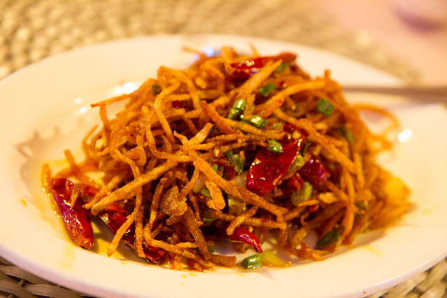 Dry sautéed shredded potato with spicy pepper sauce, Famous Sichuan