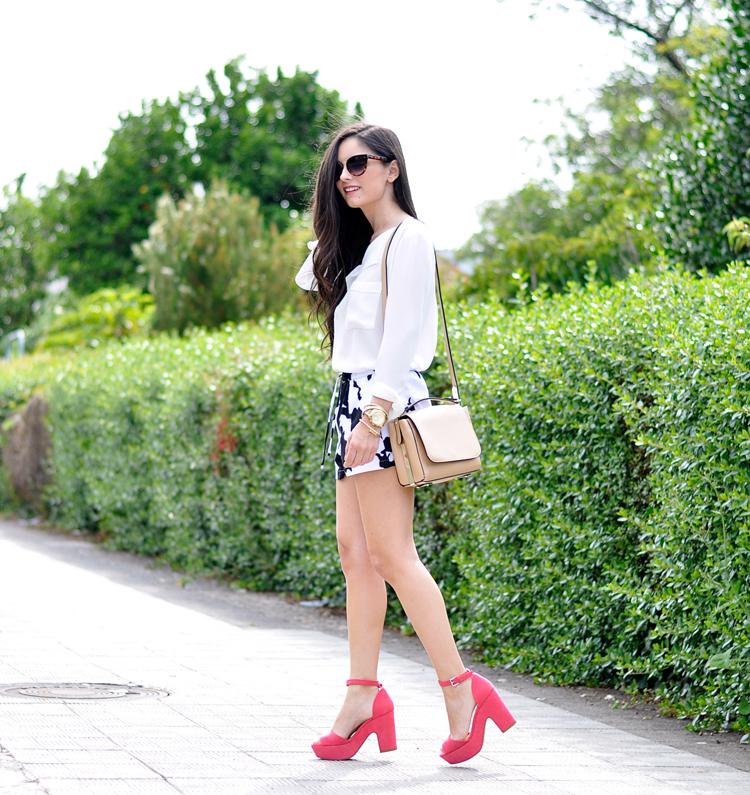 Pink Sandals_05