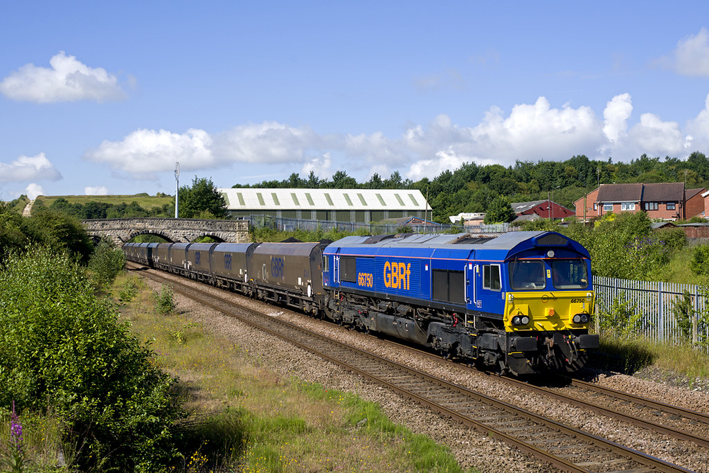 66750 Whitwell 6B58 0830 Thoresby - West Burton 07-07-14