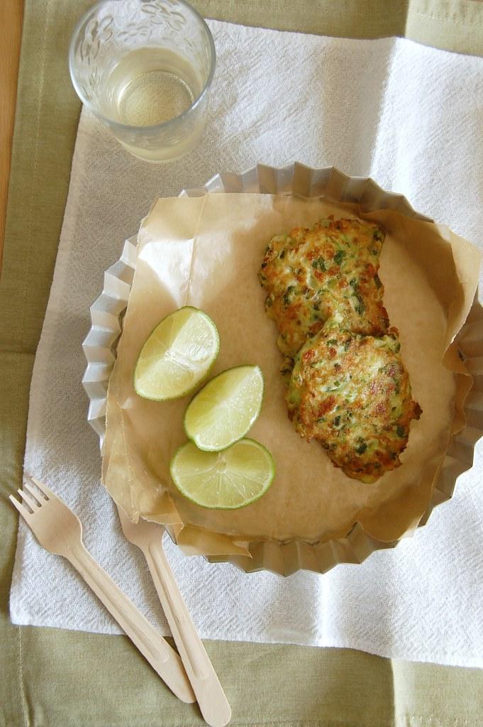 Courgette and feta fritters / Bolinhos de abobrinha e feta