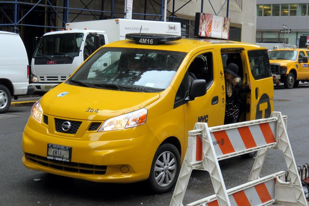 Nissan nv 200 taxi