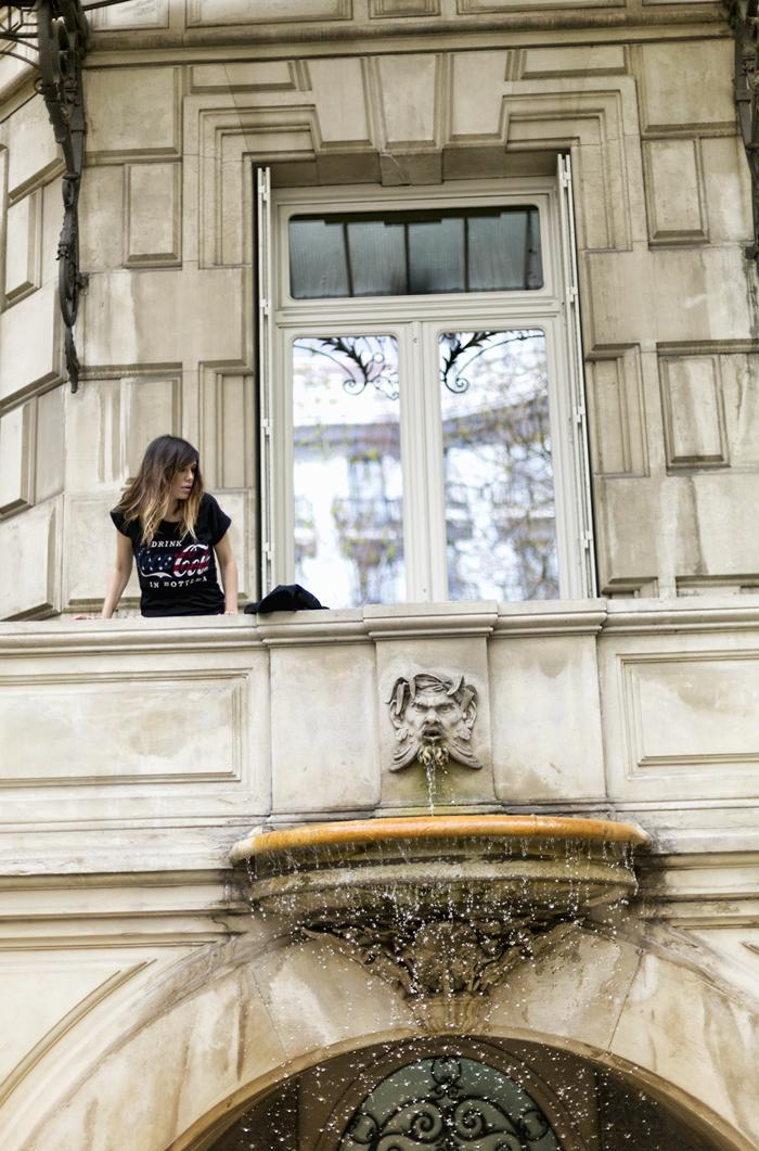 street style barbara crespo casa de america madrid C&A coca cola tshirt outfit fashion blogger blog de moda