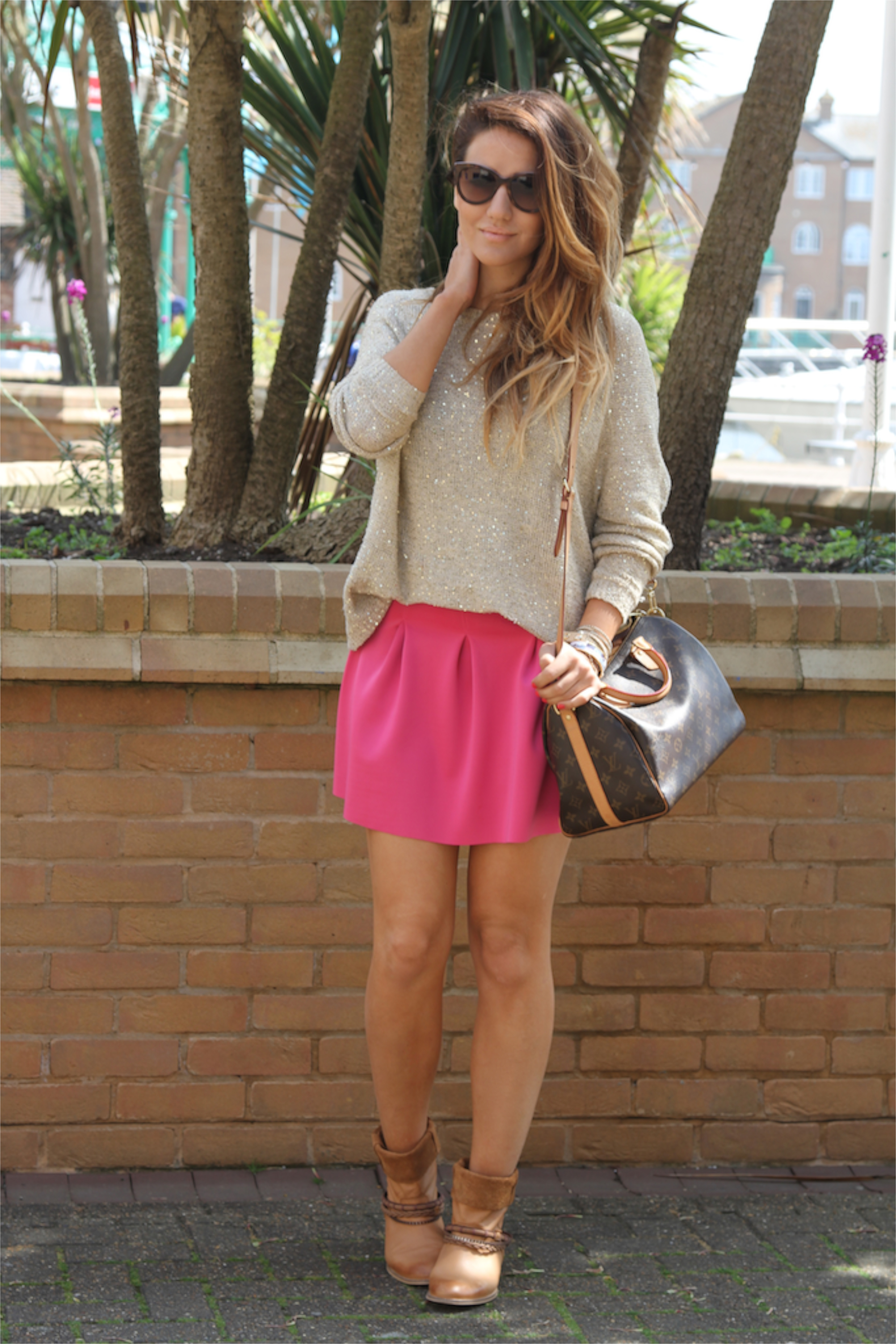 How to wear Hot Pink Skirt