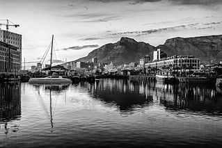 Sunrise @ Cape Town Waterfront (Cape Town) (II)
