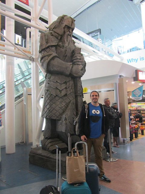 Enano en el aeropuerto de Auckland (Nueva Zelanda)
