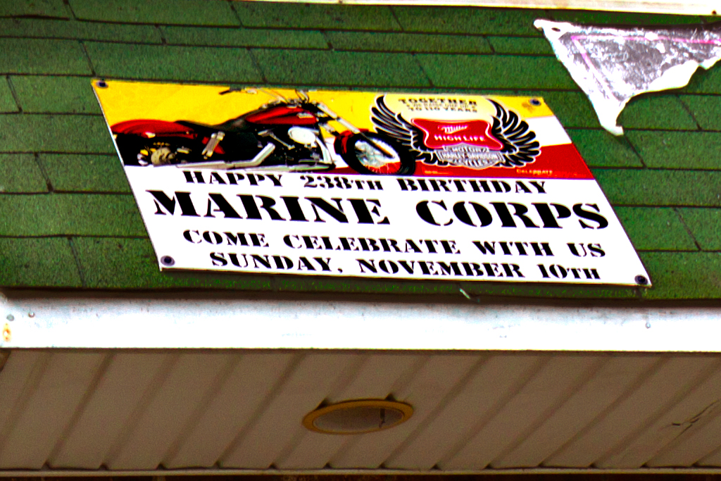 COOKIE'S-SALUTES-ARMED-FORCES--Oregon-Avenue-(detail)