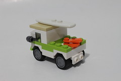 LEGO July 2014 Monthly Mini Build - Old School Surf Van (40100)