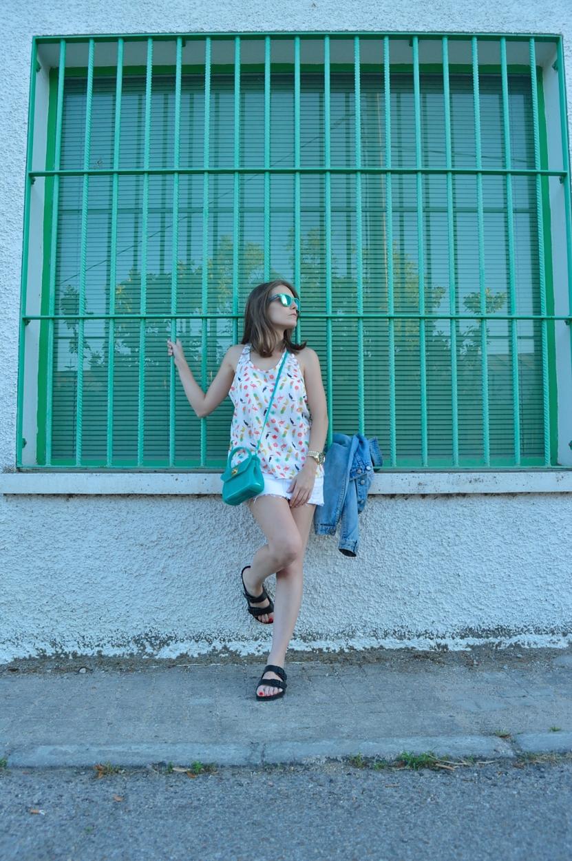 lara-vazquez-madlula-blog-stye-strteetstyle-fashion-blog-green-furla-bag-green