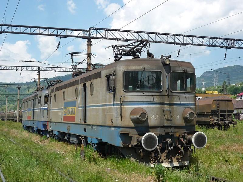 EC98+EC007