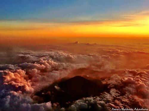 sunset mountain clouds indonesia airplane java time jakarta photospecs
