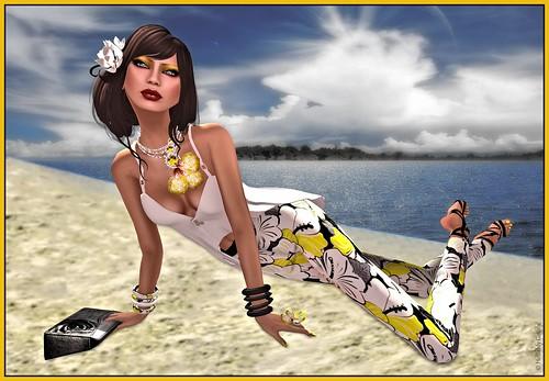 ghee Summer Blogger challenge - Hellishly Gothly