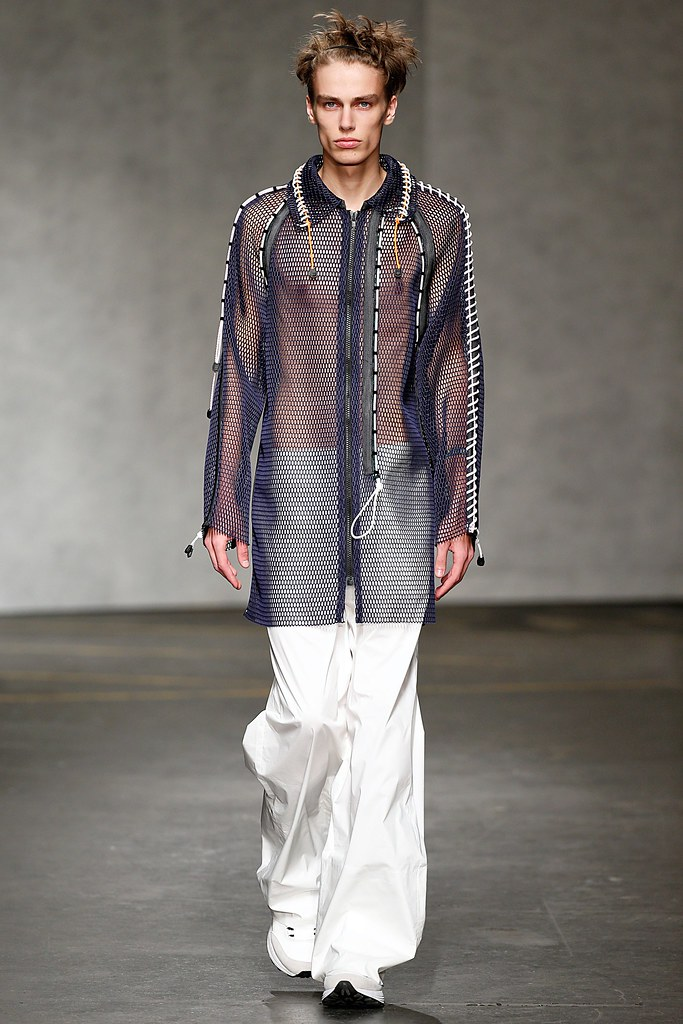 Marc Schulze3033_SS15 London Xander Zhou(VOGUE)