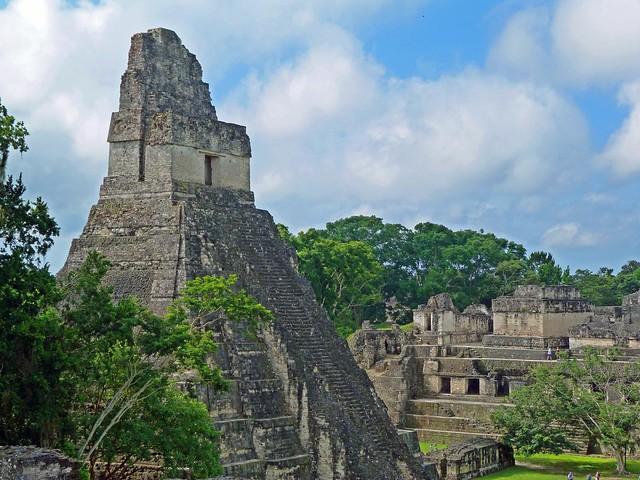 Gran Plaza de Tikal (Guatemala)