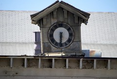 Time flies... a psuedo-rustic clock on an unused building, near LAX DSC_1174_tempis_fugit