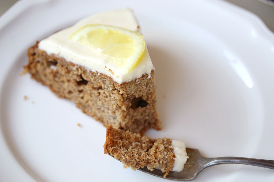 rtdbrowning---banana-cake-close
