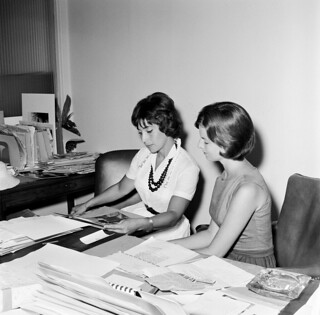 First Lady's Press Secretary, Pamela Turnure, with a Foreign Correspondent