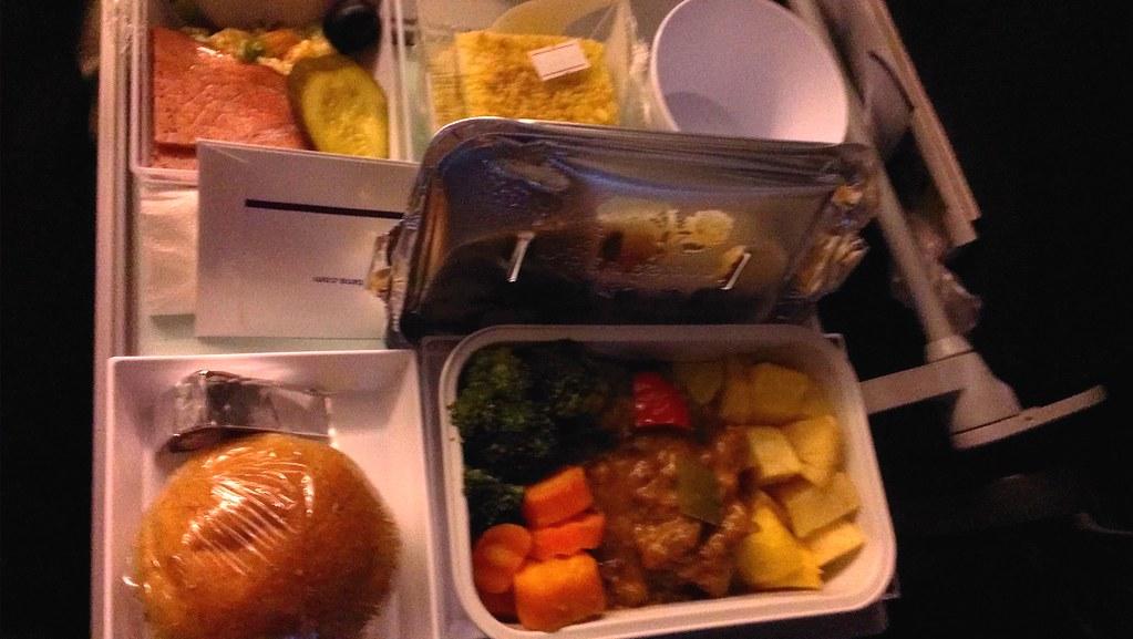 Plane dinner