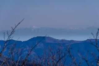 丸山の遥か先に日光白根山@蕨山展望台