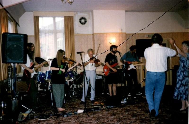 BF 1994 Abbey Hotel - Thimble Rigger