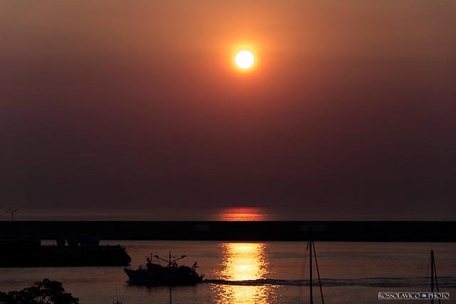 My Seaport Sunrise  #CT #Sicilia #Italia .