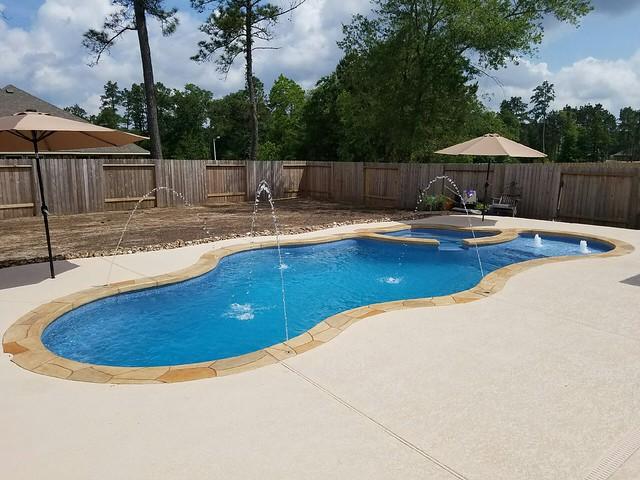 Fiberglass swimming pool Waco, TX