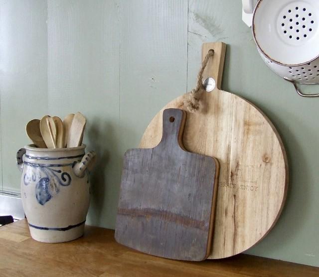 Keulse pot en houten snijplanken