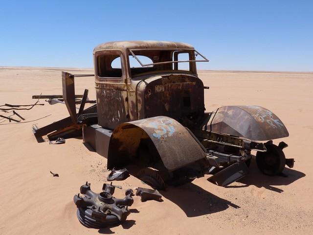 Camión de la II Guerra Mundial en el Desierto Líbico (Egipto)