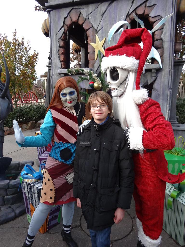 Un séjour pour la Noël à Disneyland et au Royaume d'Arendelle.... - Page 2 13648245763_b5b9d3a9d0_b