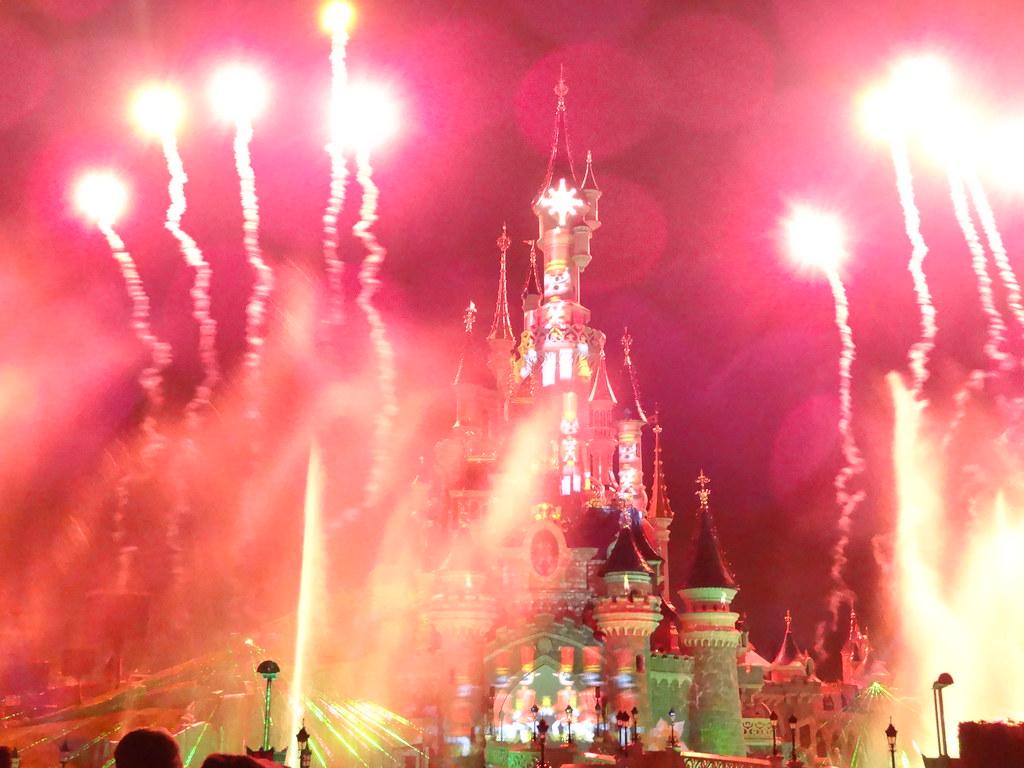 Un séjour pour la Noël à Disneyland et au Royaume d'Arendelle.... - Page 4 13709726023_1f04098f8e_b
