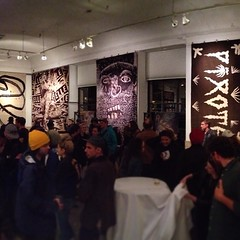 Back Against the Wall  #3 of 9 Grid mode #panoraming #art  #tapestry meets  #streetart #awesome