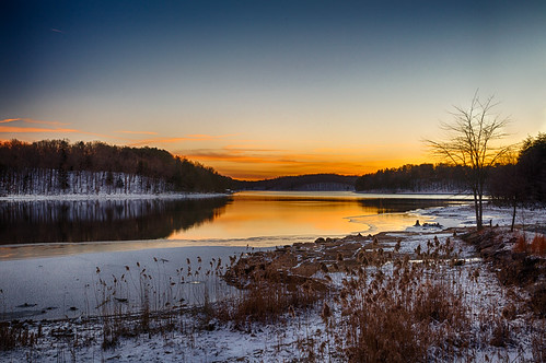 fallcreekfallsstatepark tn tennessee tennesseestatepark usa unitedstates dusk ice lake park sunset water